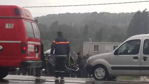 مقتل شخص وإصابة آخرين منهم 9 تلاميذ في حادثة سير مميتة