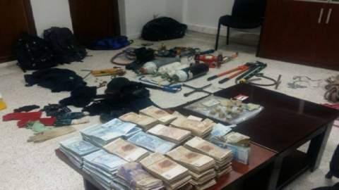 """بتنسيق مع """"المخابرات""""..تفاصيل الاطاحة بعصابة سرقت 395 مليون لتاجر في طنجة"""