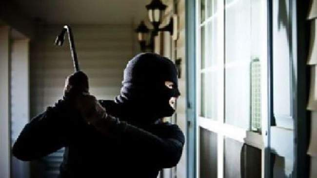 هاجموا منزلا لاختطاف امرأة..الأمن يوقف 4 أشخاص في قلعة السراغنة