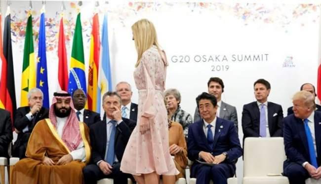 يسترقون النظر لساقي افانكا ترامب .. شاهد صورة لابن سلمان وقادة العالم تشعل مواقع التواصل