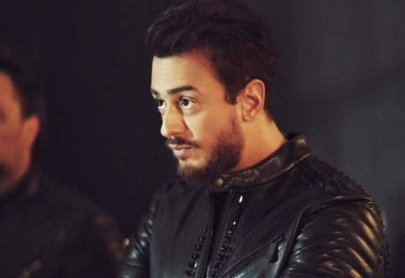 فيديو.. هكذا تعرض سعد لمجرد للسرقة علي يد فنان سويدي