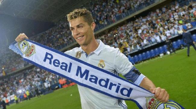 رحيل رونالدو عن ريال مدريد يثير الجدل مجددا