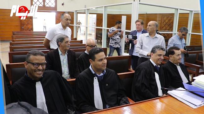 """جريمة """"شمهروش"""" الارهابية: لحظة تقديم المتهمين بمحكمة الإرهاب بسلا"""