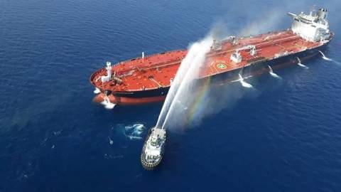 """أسرار """"السمكة المتفجرة"""" التي أربكت حسابات السعودية في البحر الأحمر"""