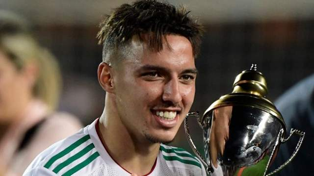 لهذا السبب اختار أحسن لاعب في الكان الجزائر بدلا من المغرب (فيديو)