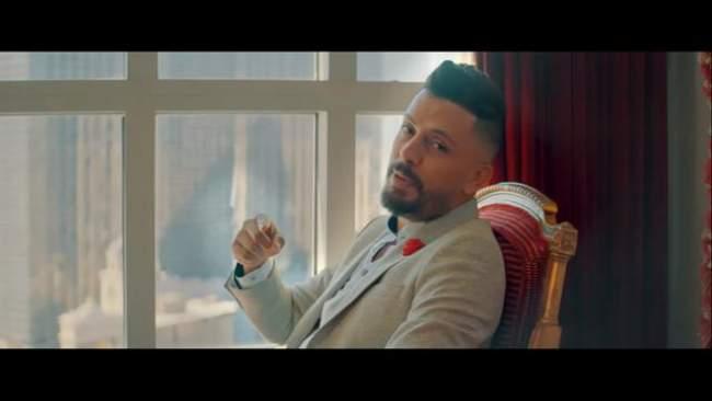 حاتم عمور يبدع من جديد وأغنيته تحلق عاليا (فيديو)
