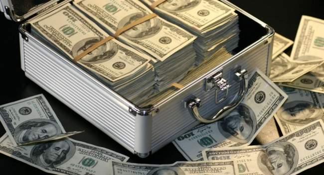 تعرف على العائلة التي تربح 4 ملايين دولار كل ساعة