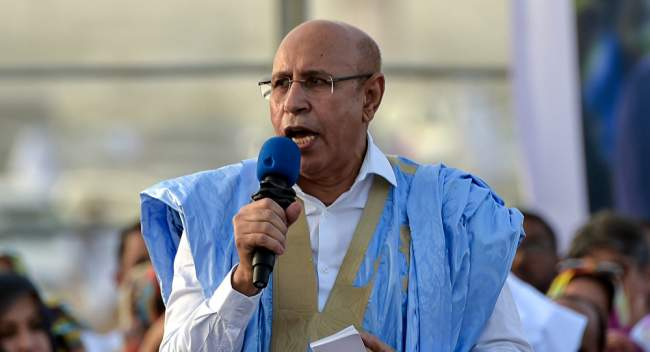 أول زعيم عربي يهاتف الرئيس الموريتاني منذ تنصيبه