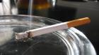 """دولة عربية توزع """"السجائر"""" إجبارياً على مواطنيها"""