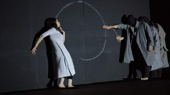 """مسرحية """"علاش"""" لفرقة """"الكواليس"""" تمثل المغرب في مهرجان القاهرة الدولي"""
