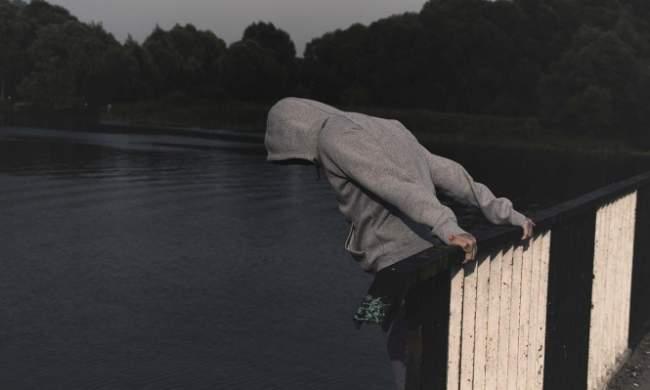 صادم .. كل 40 ثانية ينتحر شخص حول العالم و هذه اخطر طرق الانتحار