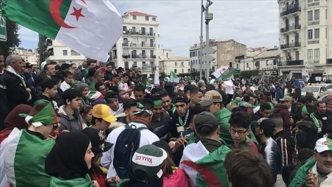 لأول مرة..الجيش الجزائري يتحدث عن عهد صناعة الرؤساء