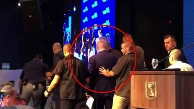 بالفيديو..لحظة هروب بينيامين نتنياهو عقب تعرضه لقصف صاروخي فلسطيني