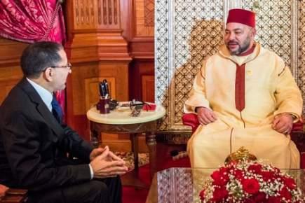 الملك يستقبل العثماني بالقصر الملكي بالرباط