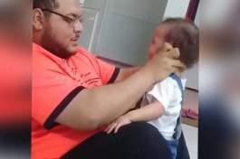 فيديو مؤلم يهز مواقع التواصل الاجتماعي العربية .. أب يعذب طفلته الرضيعة في السعودية