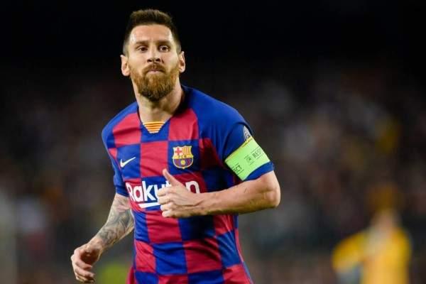 ميسي يعترف: سبب وحيد جعلني أفكر بمغادرة برشلونة