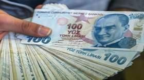تزامنا مع التحرك العسكري..انخفاض حاد في العملة التركية