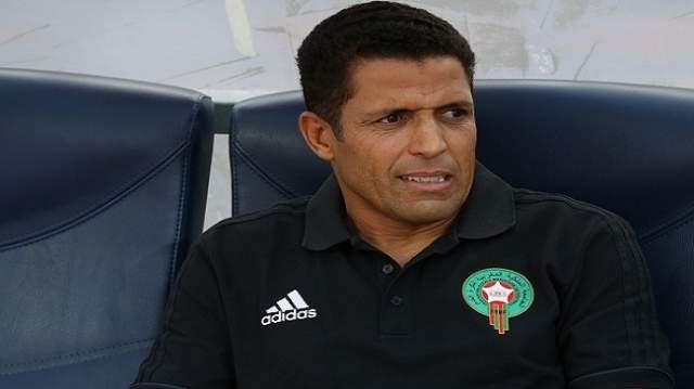 تصريحات خليلوزيتش تثير غضب عموتة قبل مباراة الجزائر