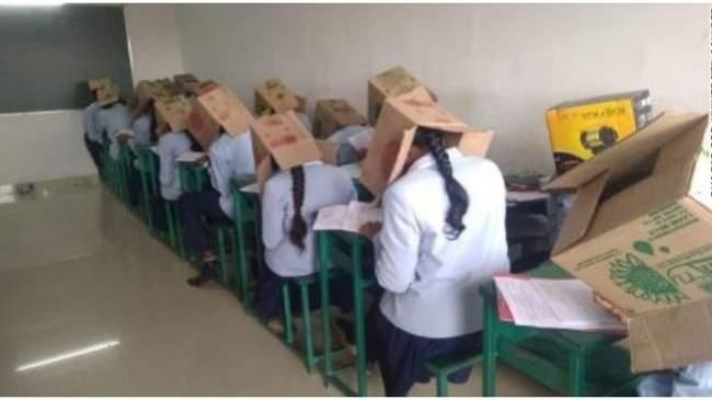 مدير مدرسة يبتكر طريقة جديدة لمنع الغش أثناء الامتحان... صور