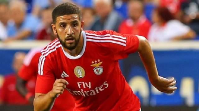 تاعرابت يعترف بسبب فشله في اللعب في برشلونة أو ريال مدريد